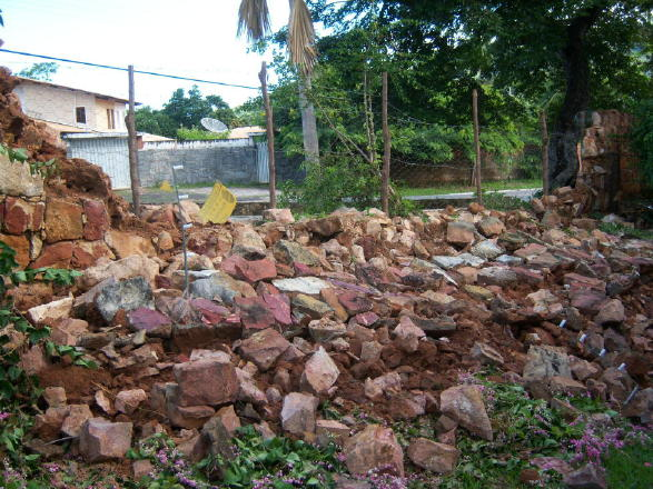 The_rocks_from_the_collapsed_wall_from_inside_the_property_2_1_1