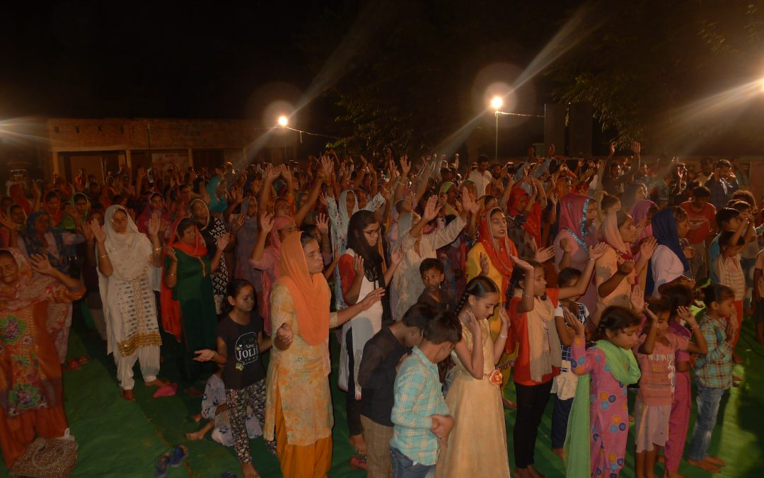 INDIA: Over 290 Punjabis pray to receive Jesus Christ as many people miraculously healed and set free from unclean spirits