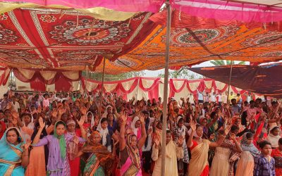 Powerful miraculous healings bring 300 souls to Christ at Elijah Challenge Event in India