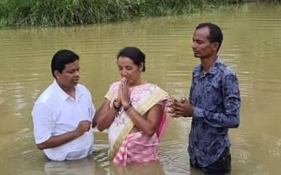 High caste Hindu couple baptized as followers of Jesus after miraculous deliverance from horrid demons