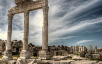 TO THE CHURCH OF LAODICEA IN AMERICA (AND THE WEST) DURING THESE LAST DAYS