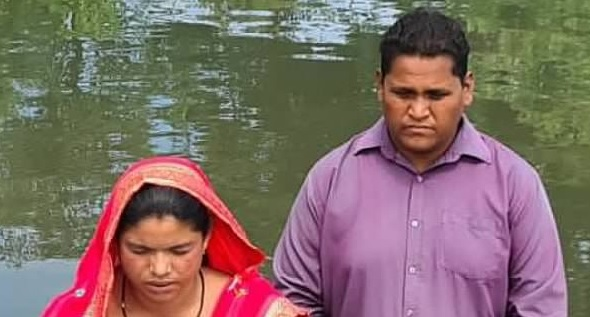 High caste Hindu couple believes & is baptized following astonishing miracle—despite severe opposition